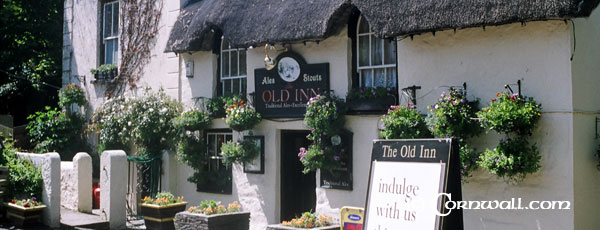 Mullion Old Inn